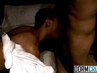 Ravishing boys fuck and suck dick in dark dorm room