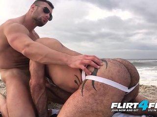 Killian & Crew - Flirt4Free - Ripped Hunks Bareback Hard on the Beach