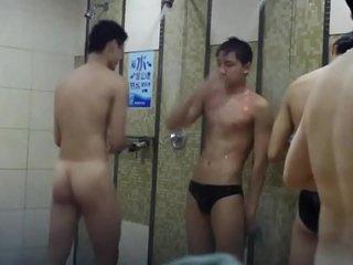 nude Chinese boy in public bathroom