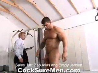 Best Male Videos - Muscle giant Zeb Atlas fucks a gay man (no. 12094)
