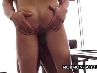 Muscular Hairy Office Jocks Banging And Cumming Together - MORMON-BOYZ.COM