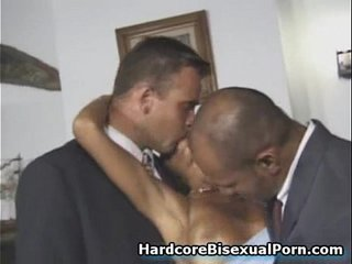 Muscled Bisexuals Cum on Girls!