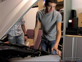 Levon helps Gabriel with His Toolss